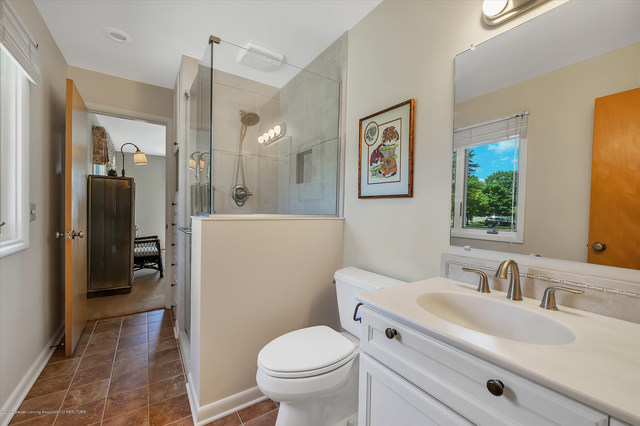 2114 Lagoon Dr - Remodeled Owner's Suite Bath - 17