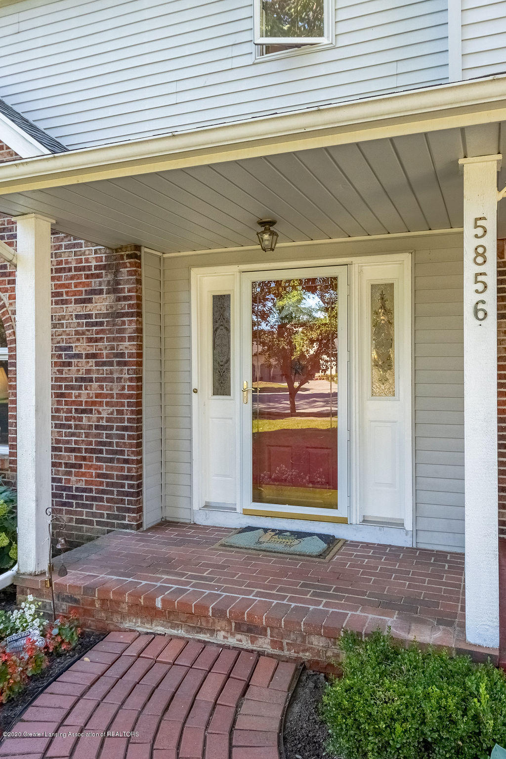 5856 Buttonwood Dr - 8 - 8