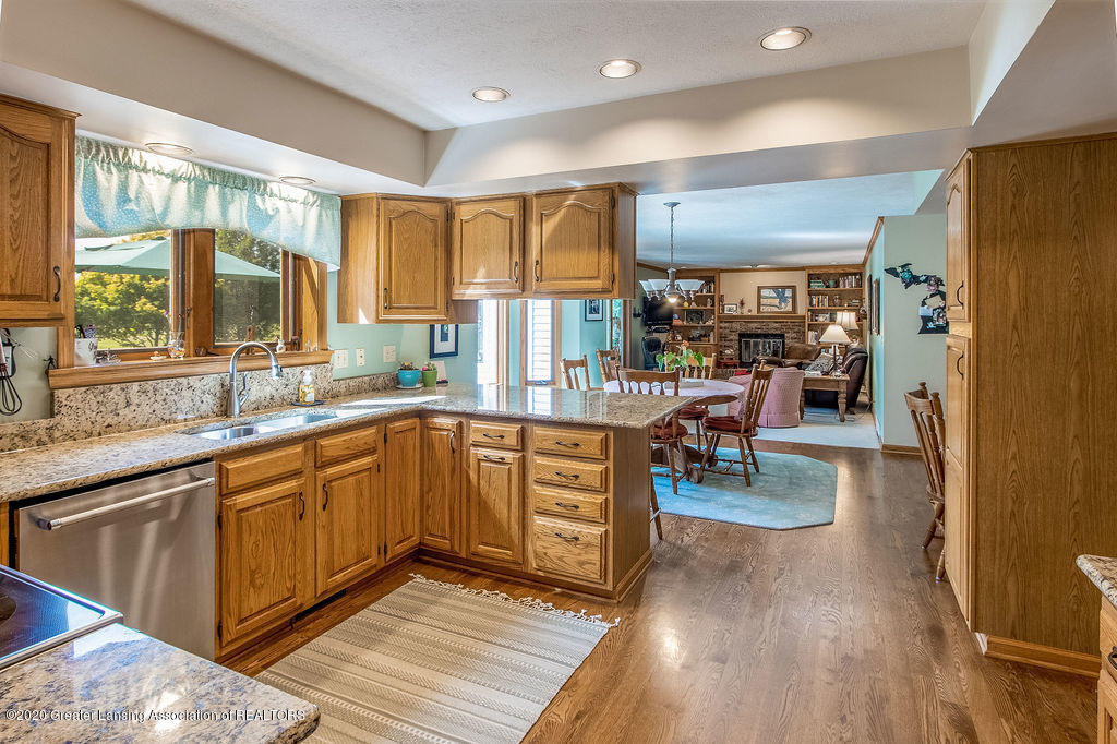 5856 Buttonwood Dr - 12 - 12