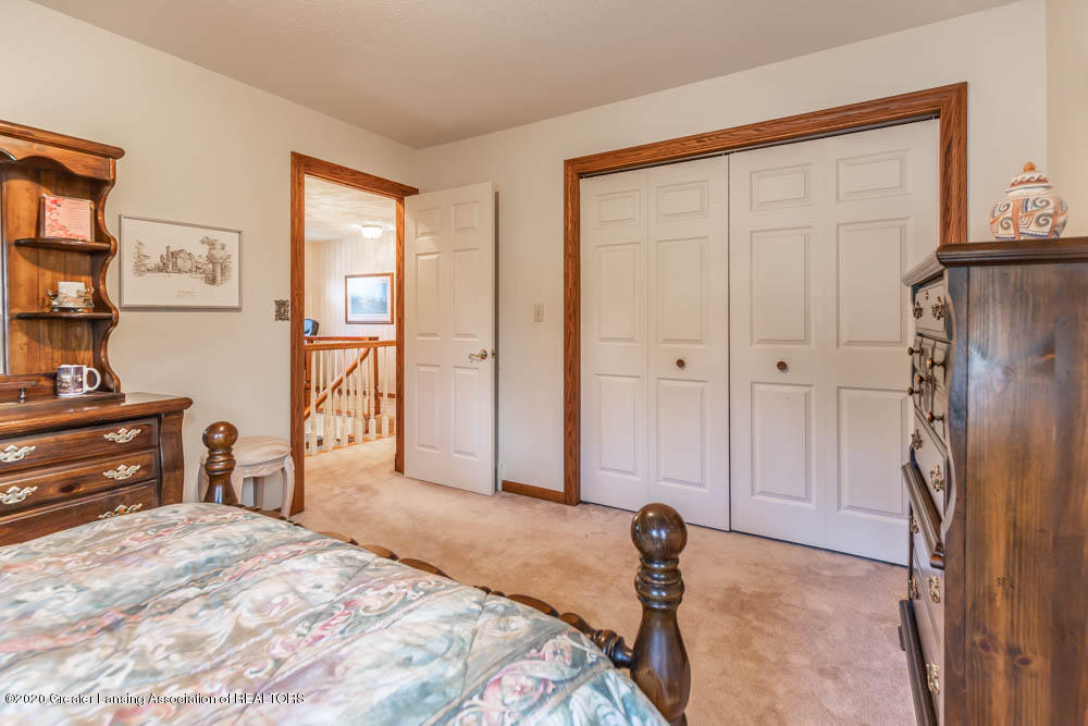1195 W Parks Rd - parkjpegbed21 (1 of 1) - 28