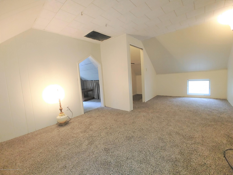407 Bloomfield Blvd - Bedroom - 16