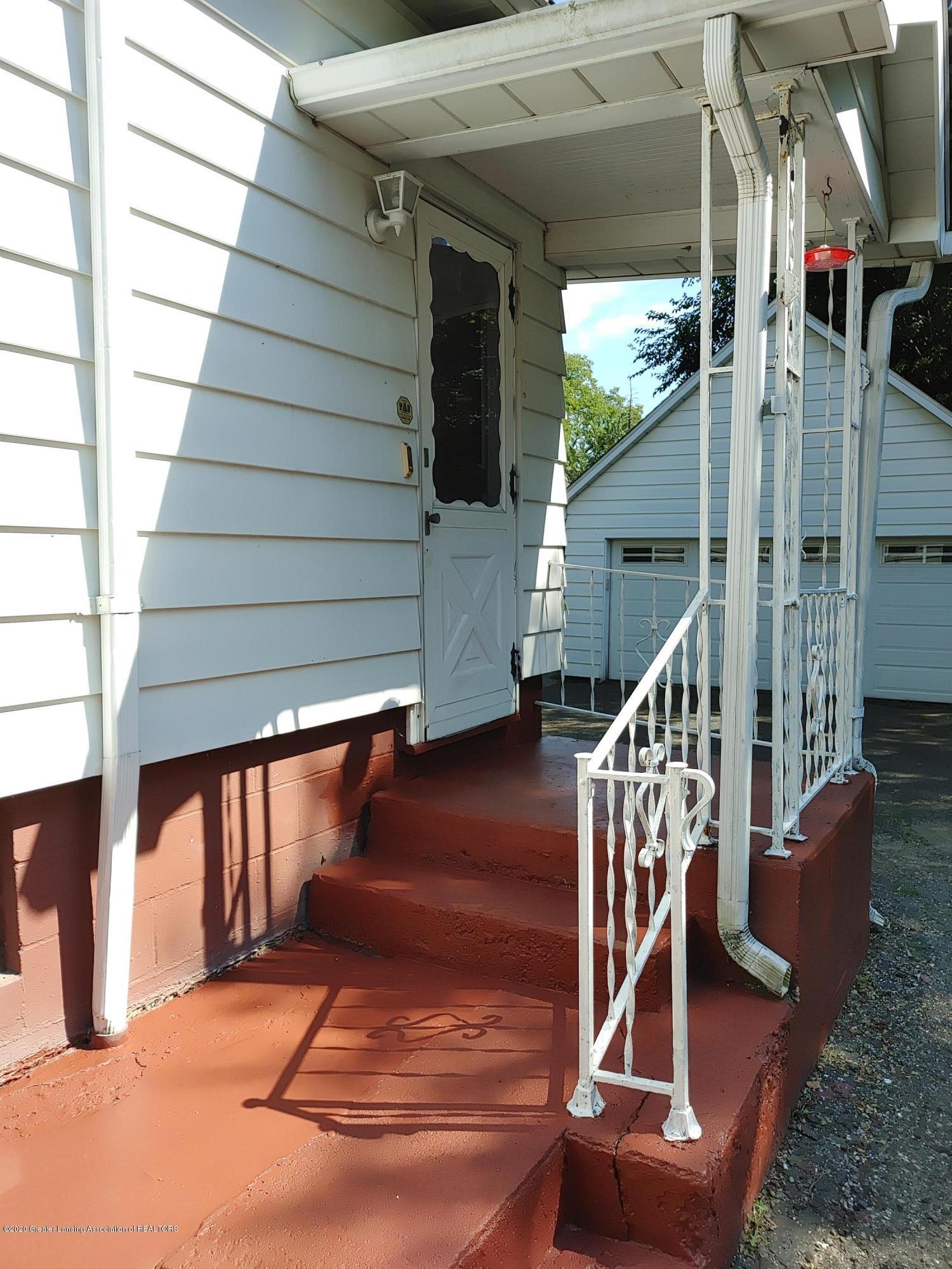 407 Bloomfield Blvd - Porch - 24