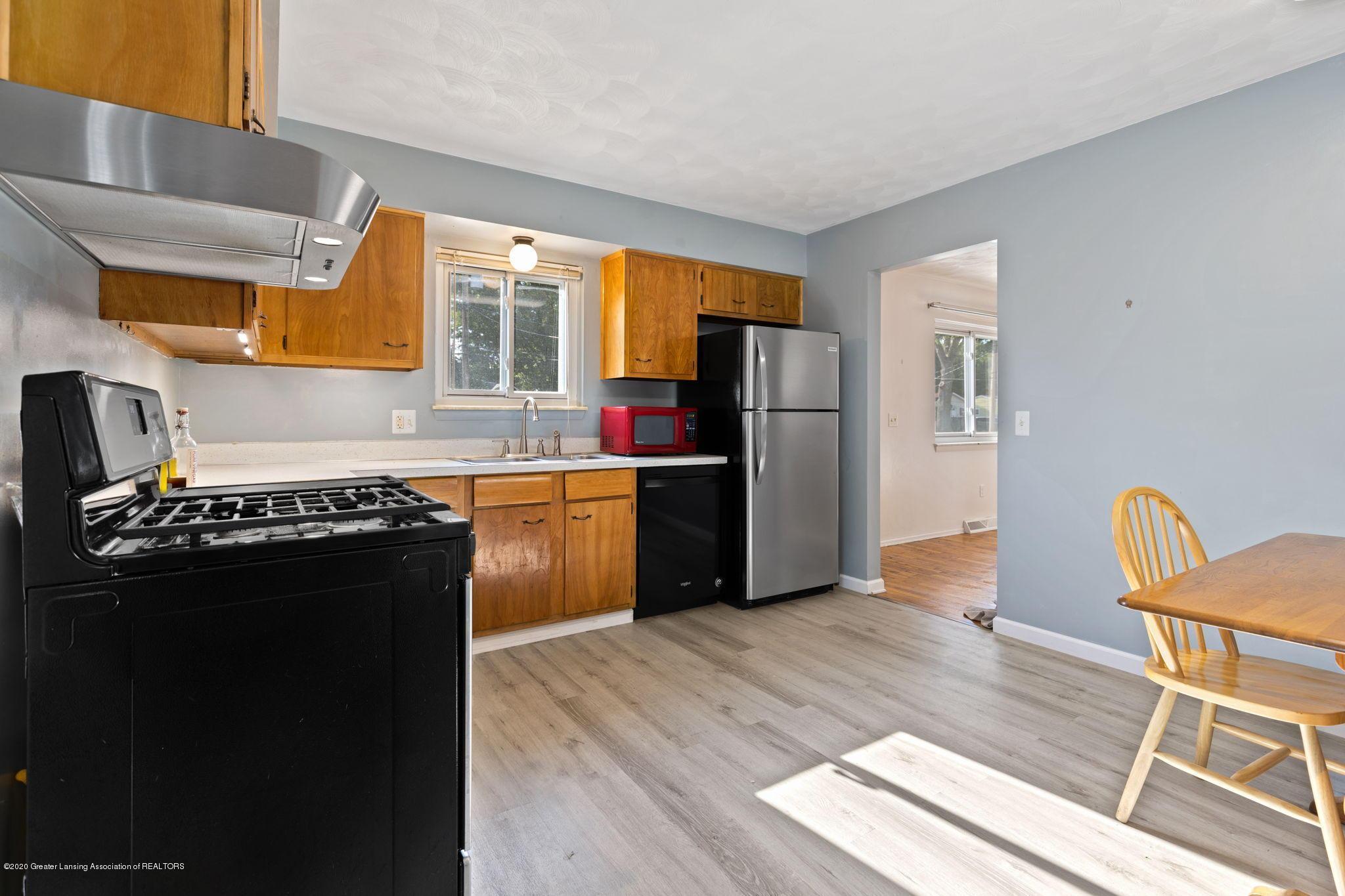 3619 Burchfield Dr - kitchen - 10