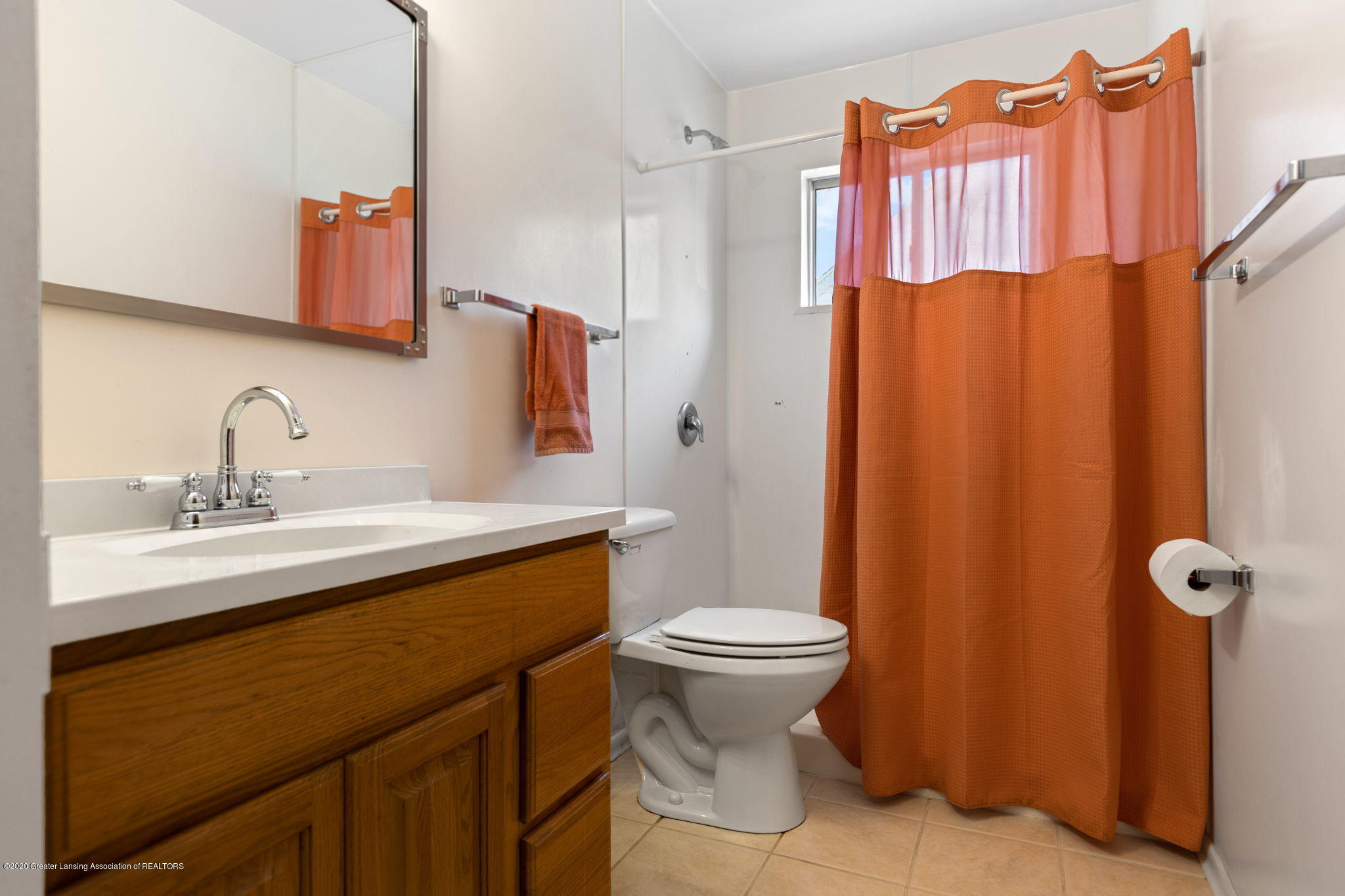 3619 Burchfield Dr - Bathroom - 14