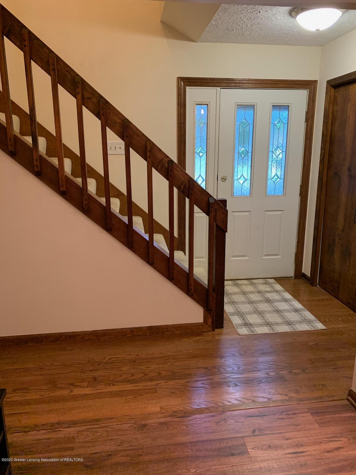 2410 Sower Blvd - 5-foyer - 6