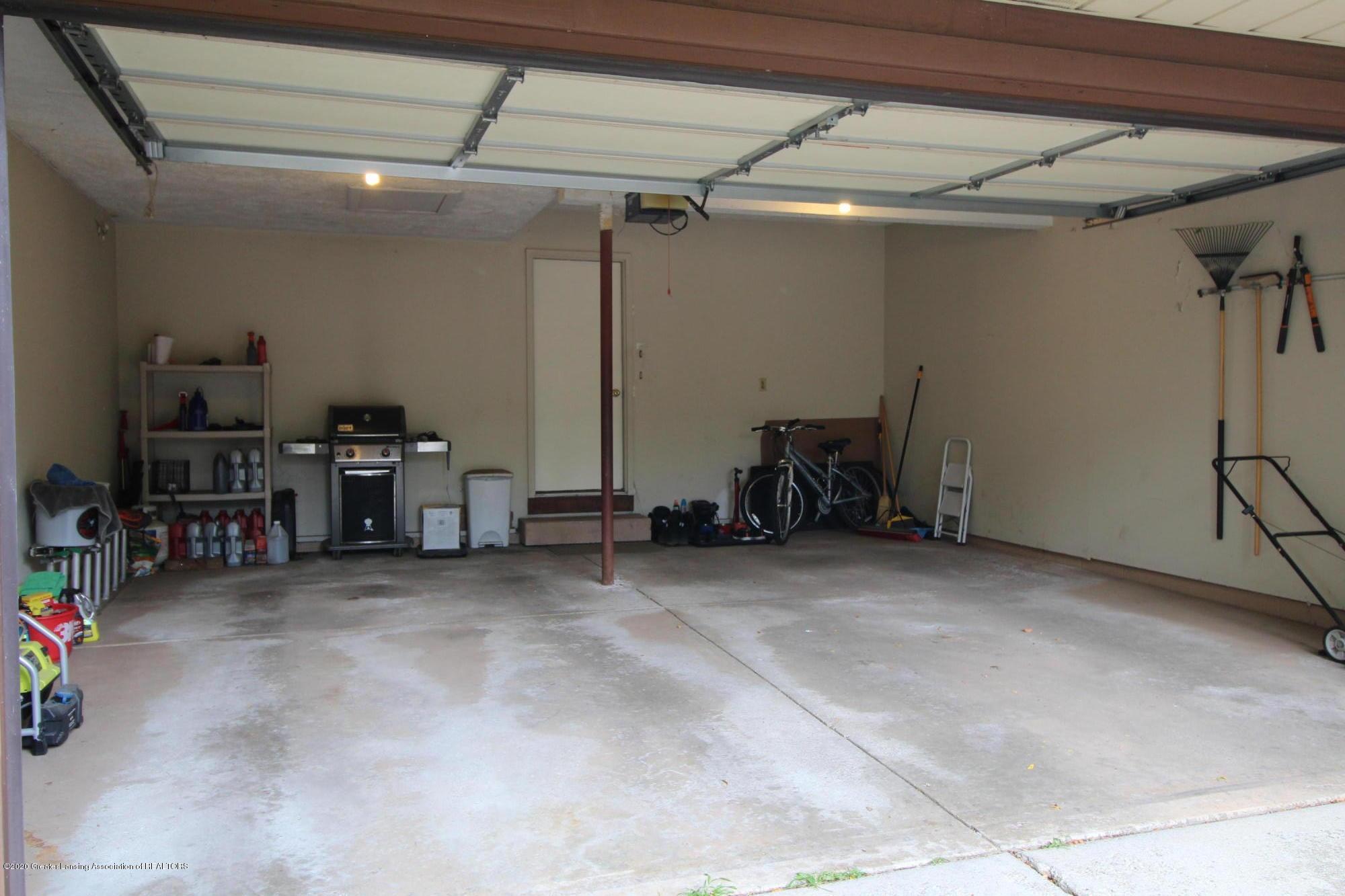 2410 Sower Blvd - 26.5 -garage - 28