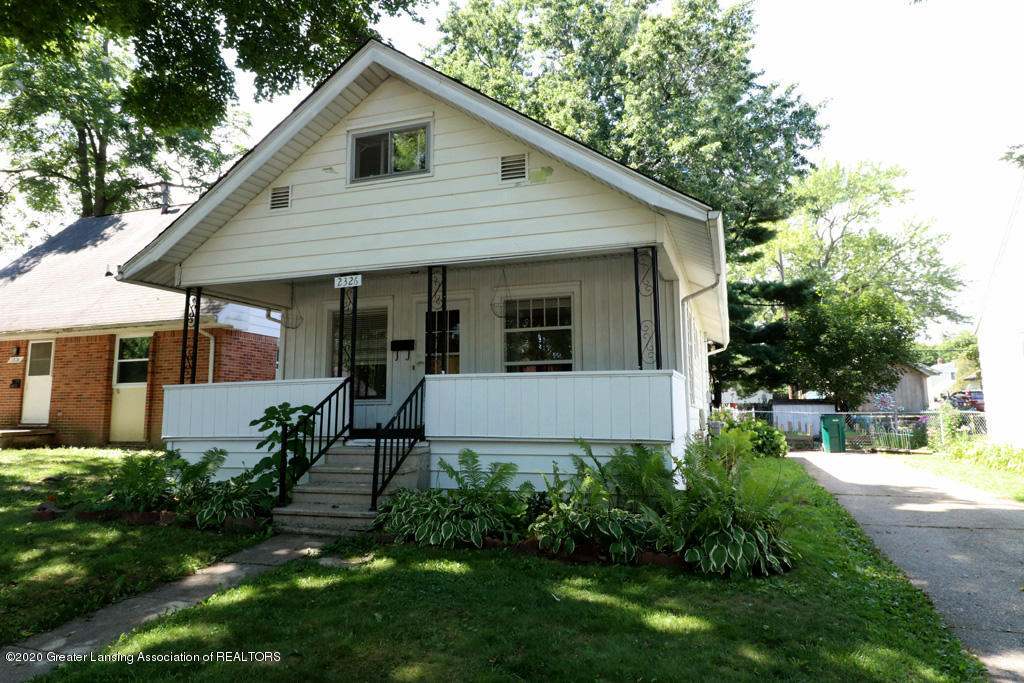2326 Clifton Ave - IMG_3198 - 1