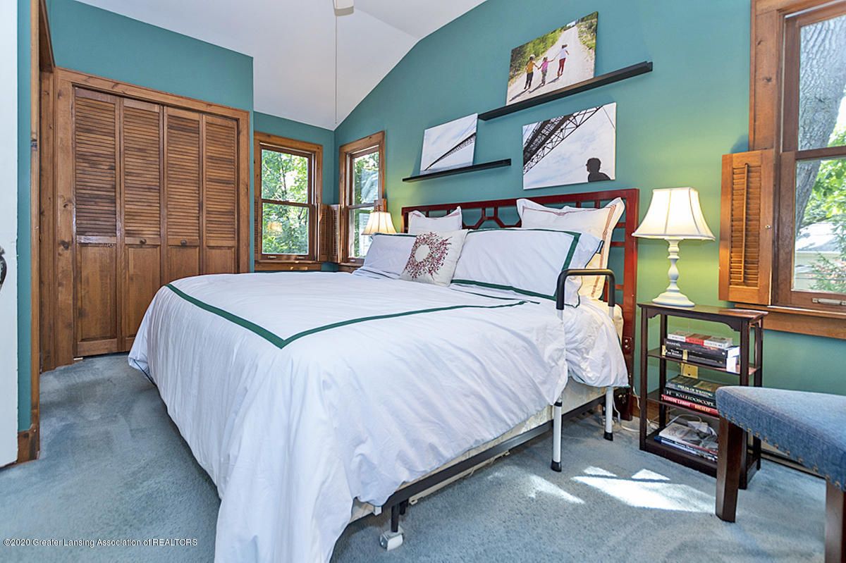 308 Chesterfield Pkwy - 2nd Flr. Main Bedroom - 17