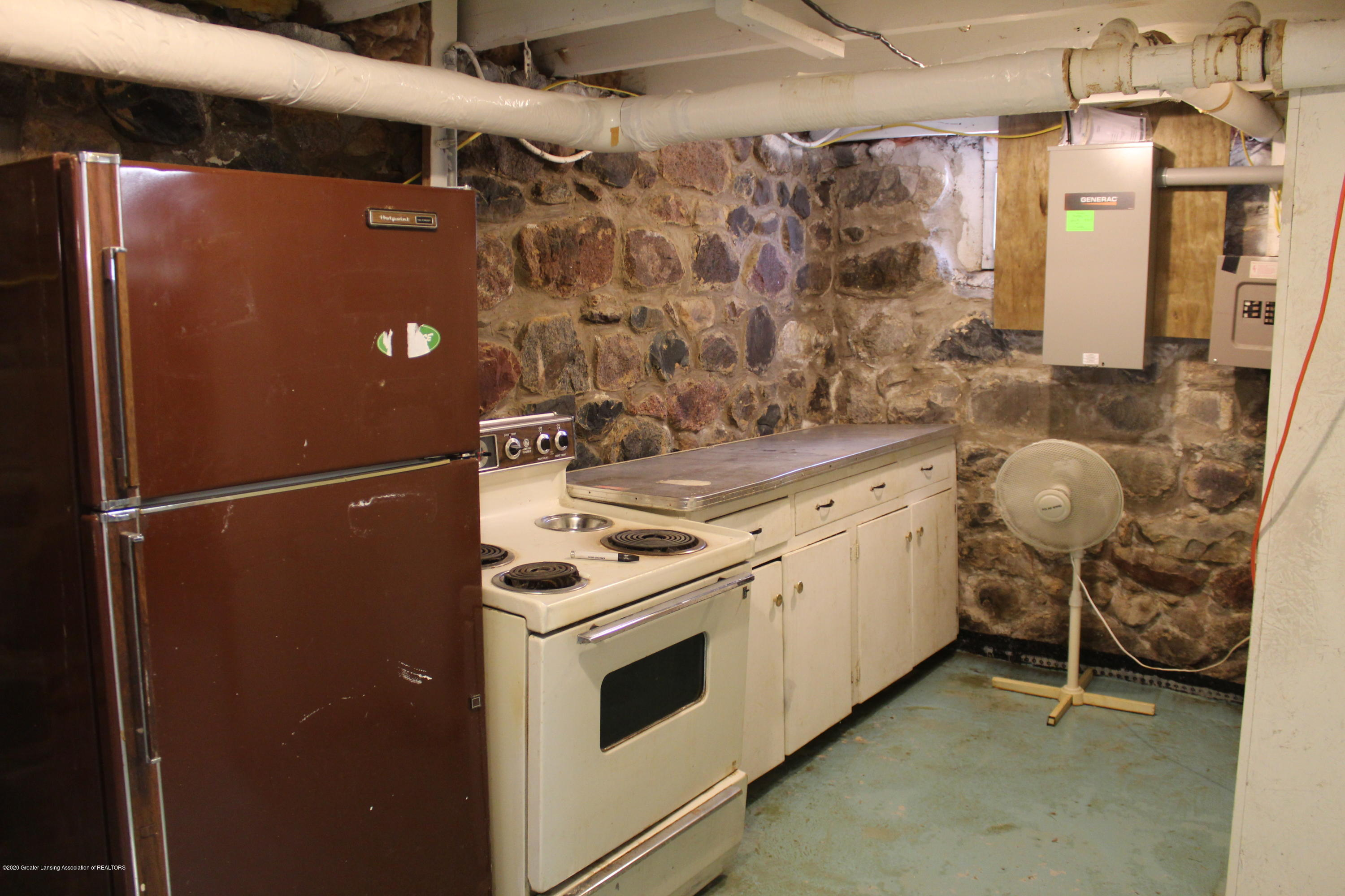 4961 Otto Rd - 27 Canning Kitchen - 27