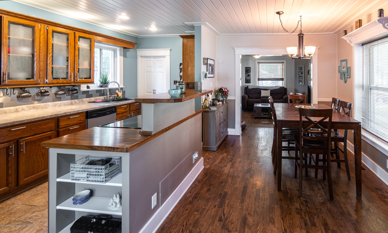227 Prairie St - KITCHEN AND DINING - 14
