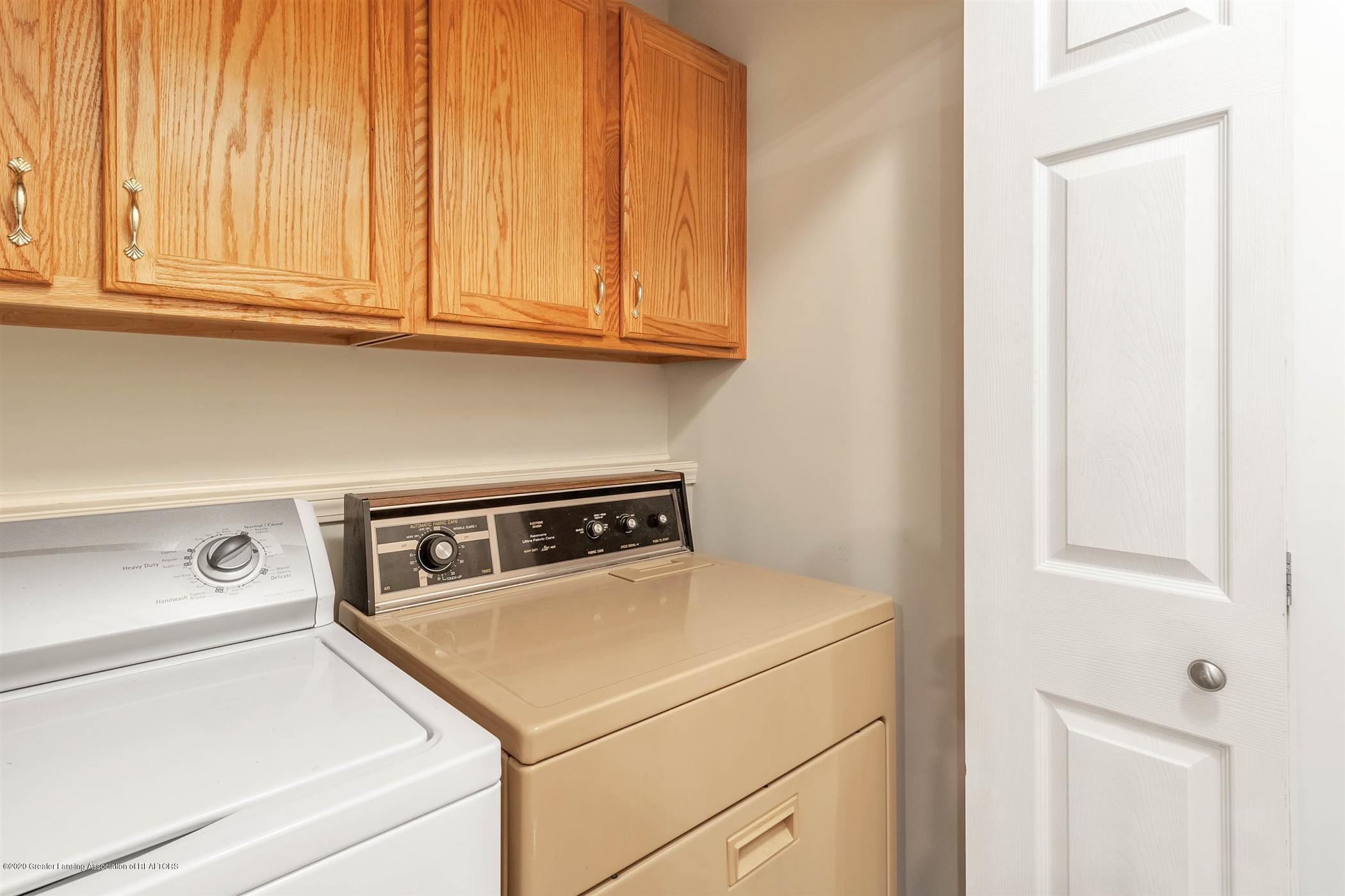 2383 Klompen St - Laundry - 19