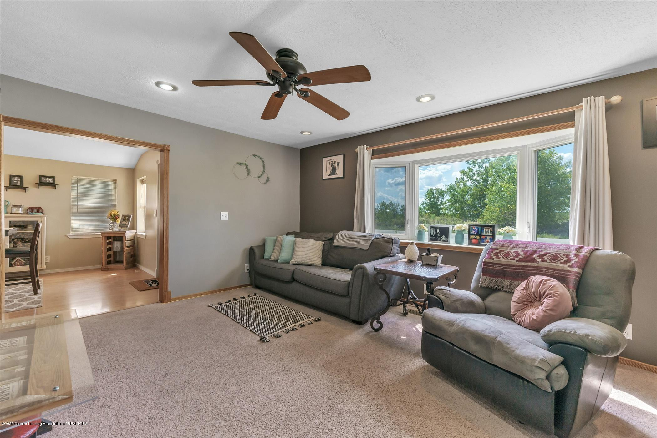 3690 N Chandler Rd - 10-3690 N Chandler-windowstill-real - 11