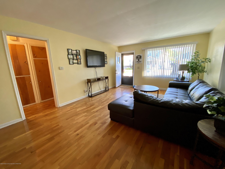 1618 N Genesee Dr - Living Room - 5