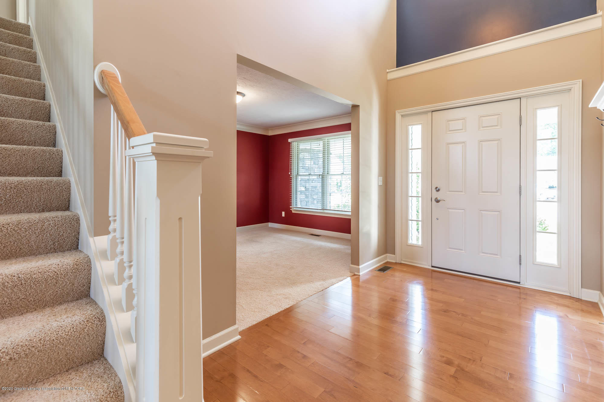 13260 Watercrest Dr - Foyer - 3
