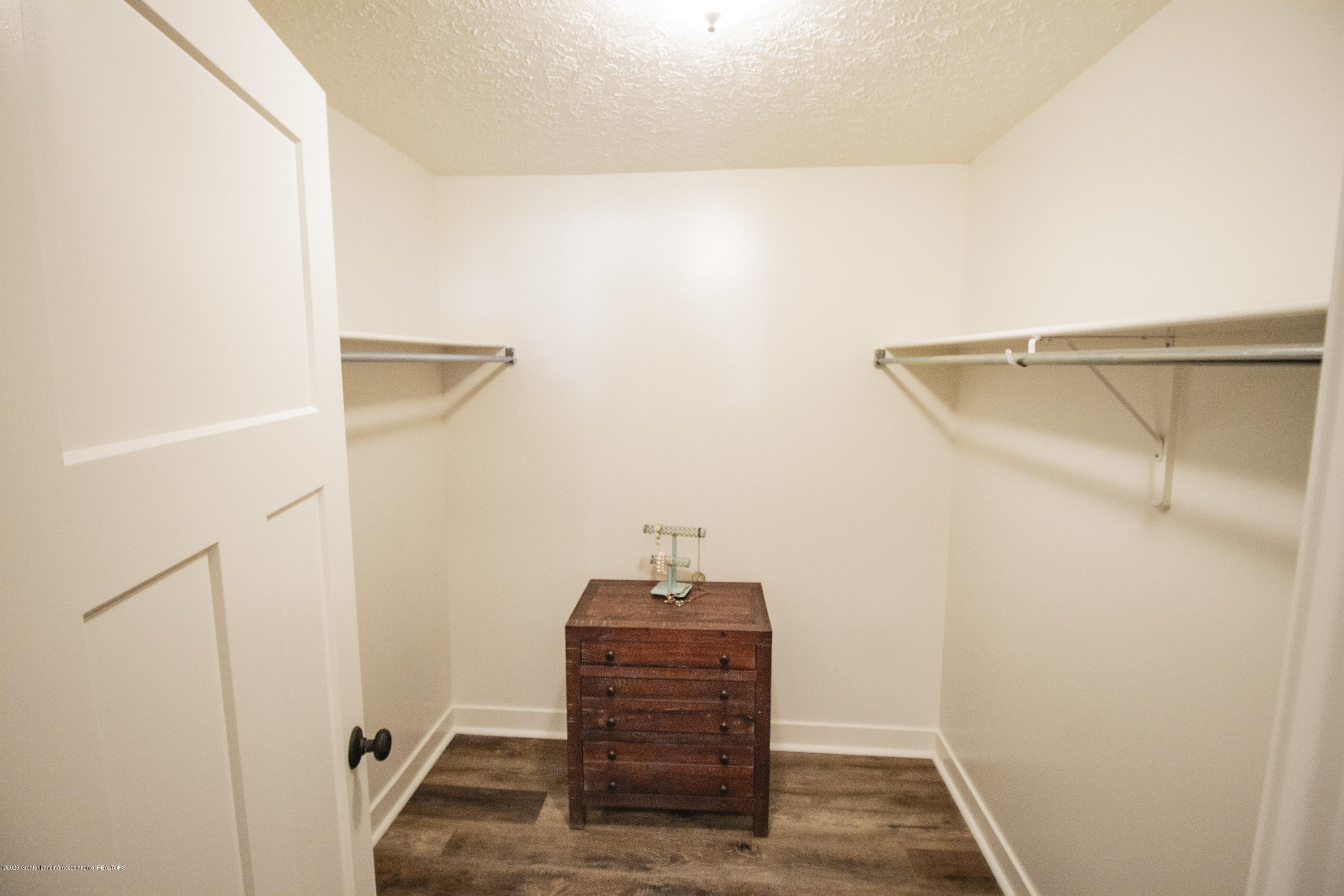 211 Russell St - 21. Russell Master Closet - 21