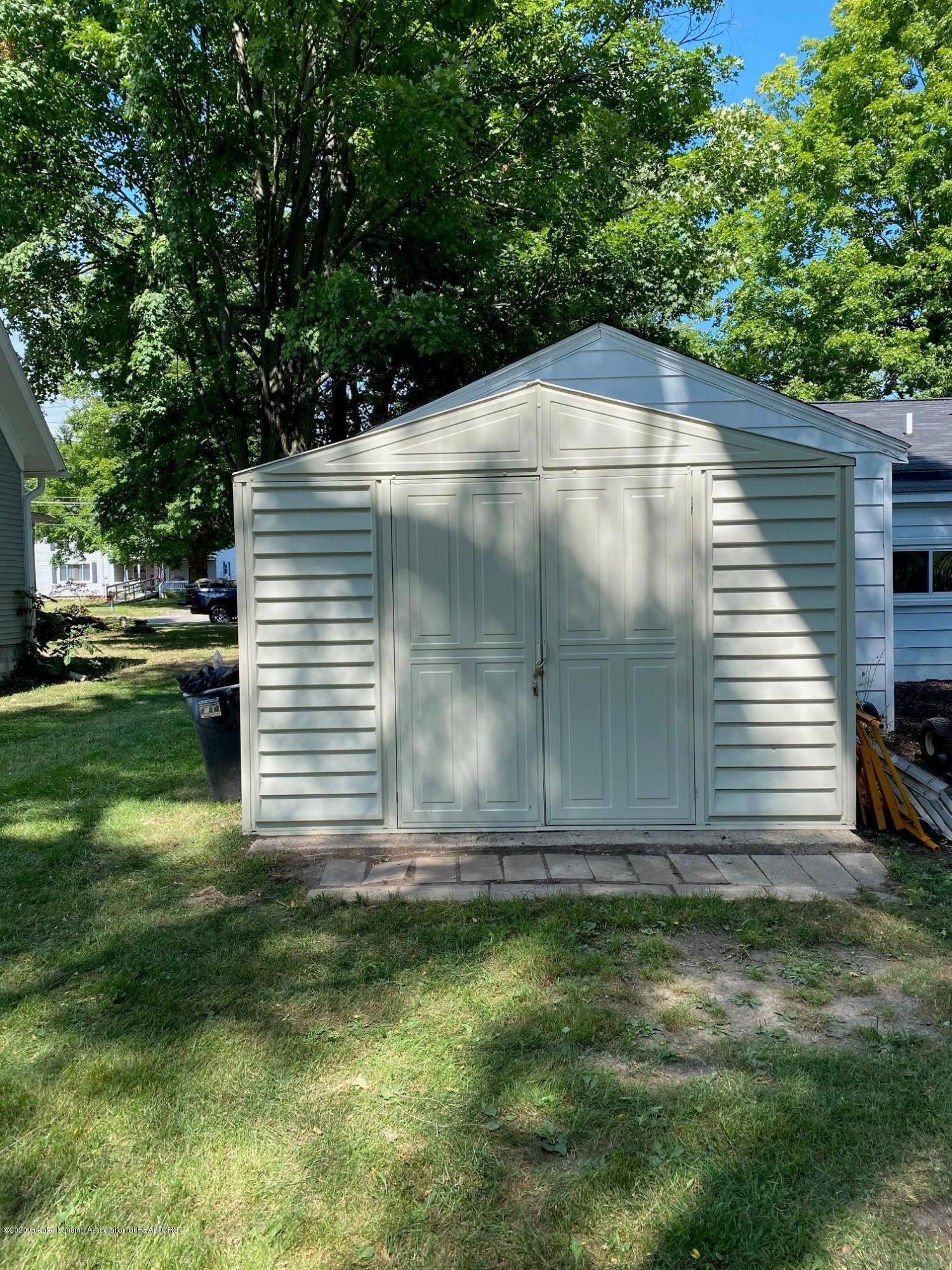 624 E Grand River Rd - Shed - 24