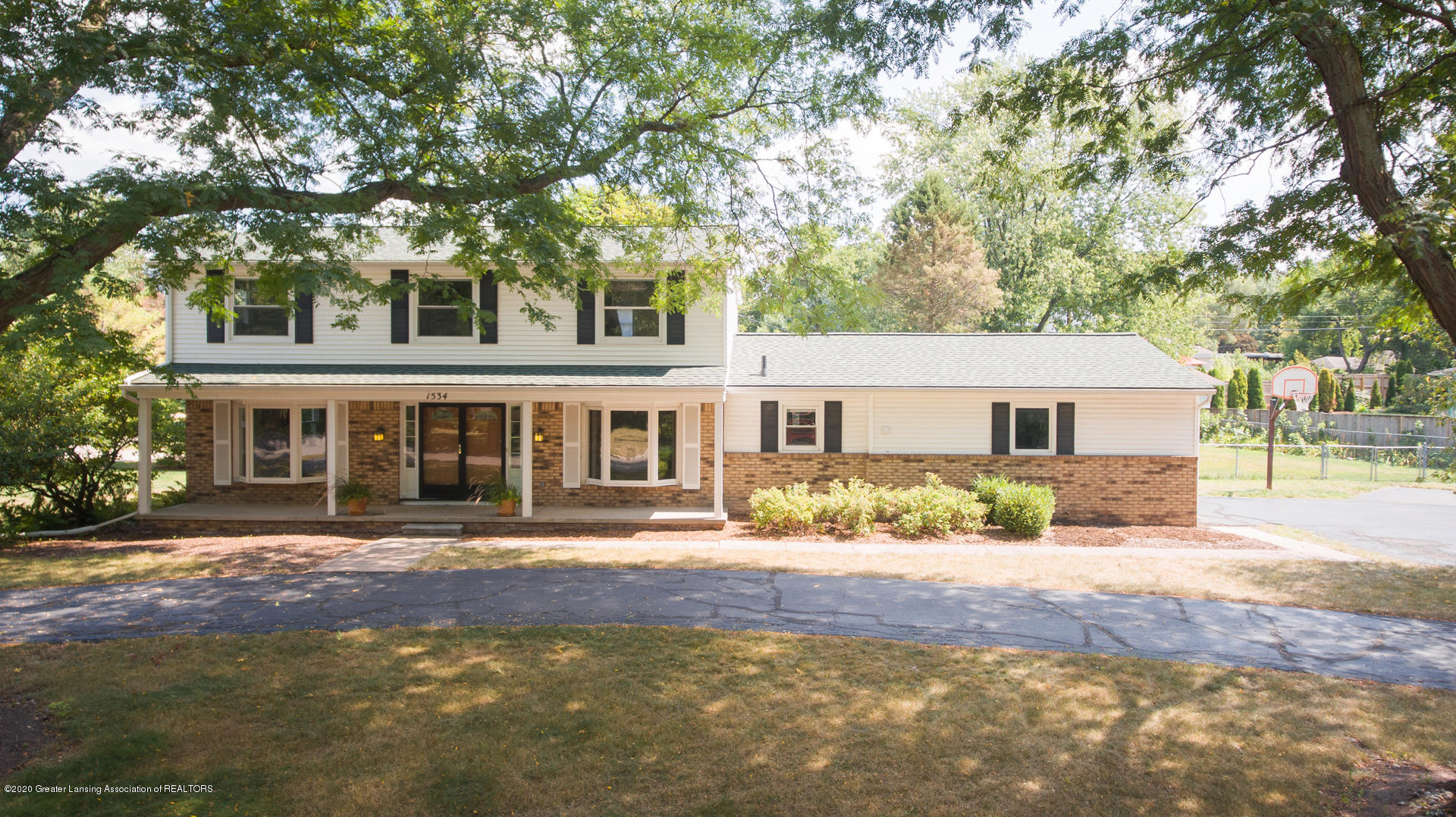 1534 Gilcrest Ave - Exterior - 1
