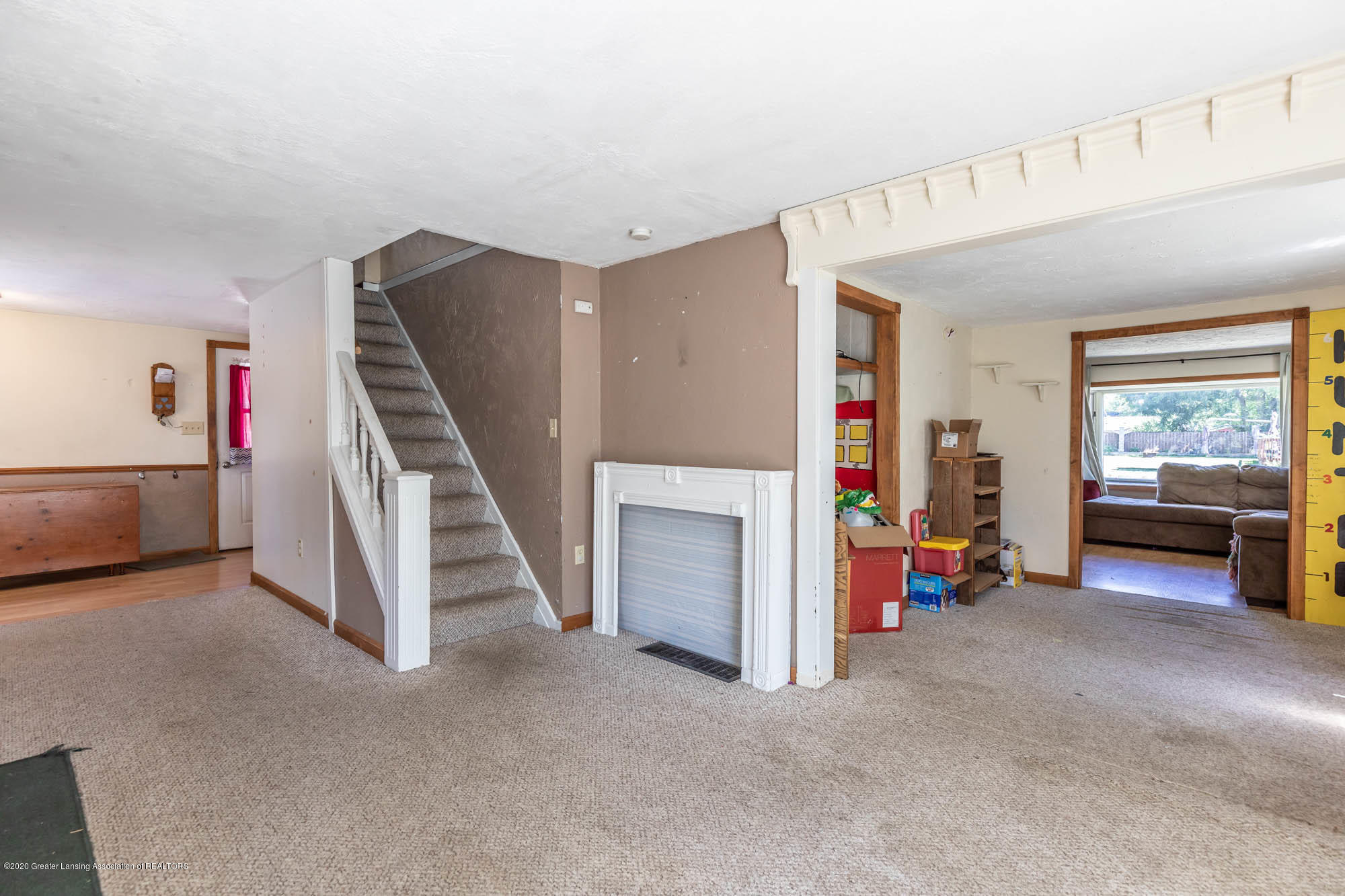 214 Kennedy Pl - kennedyliving3(1of1) - 7