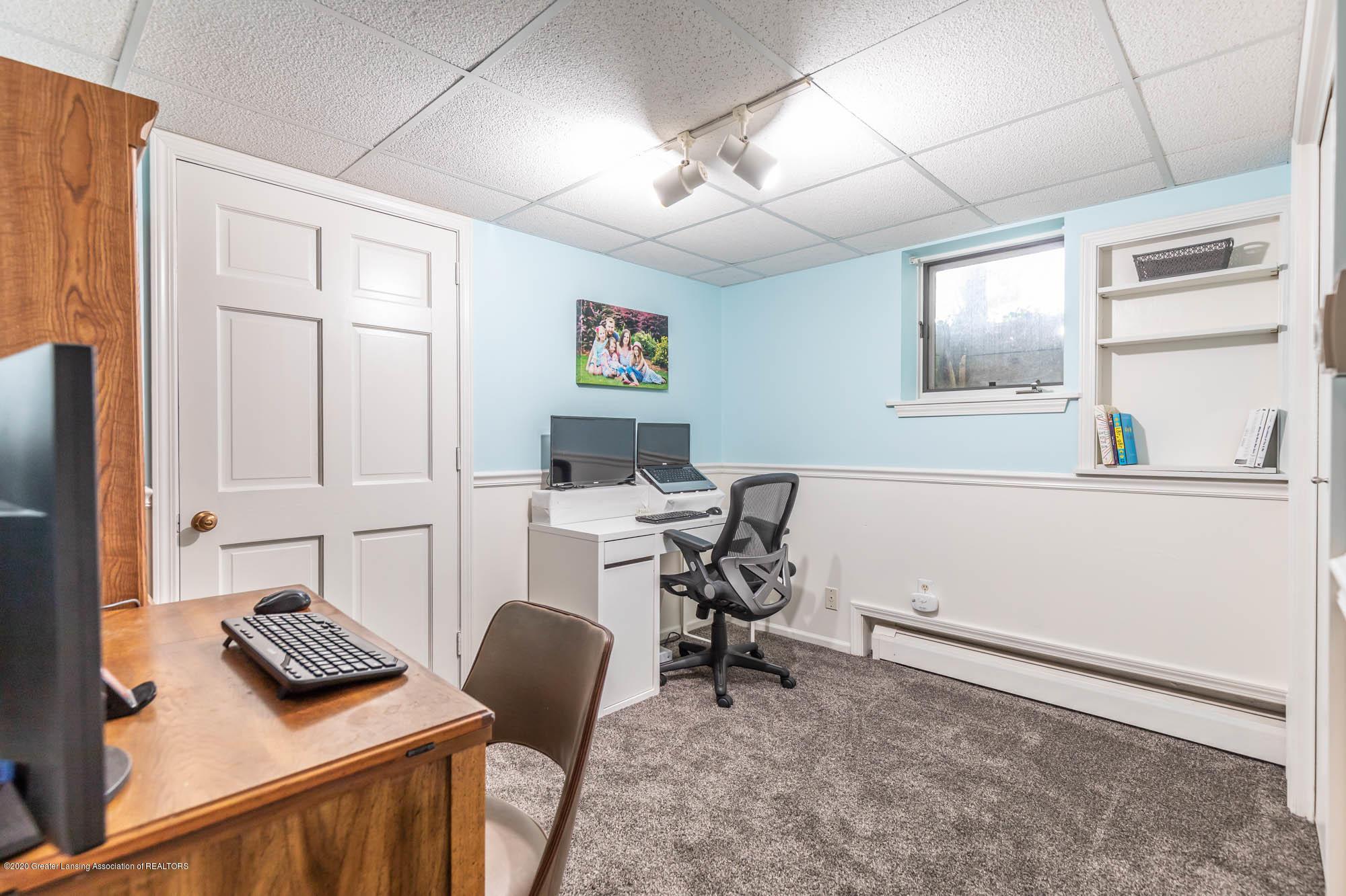 9523 Riverside - LL Room 5 - 43