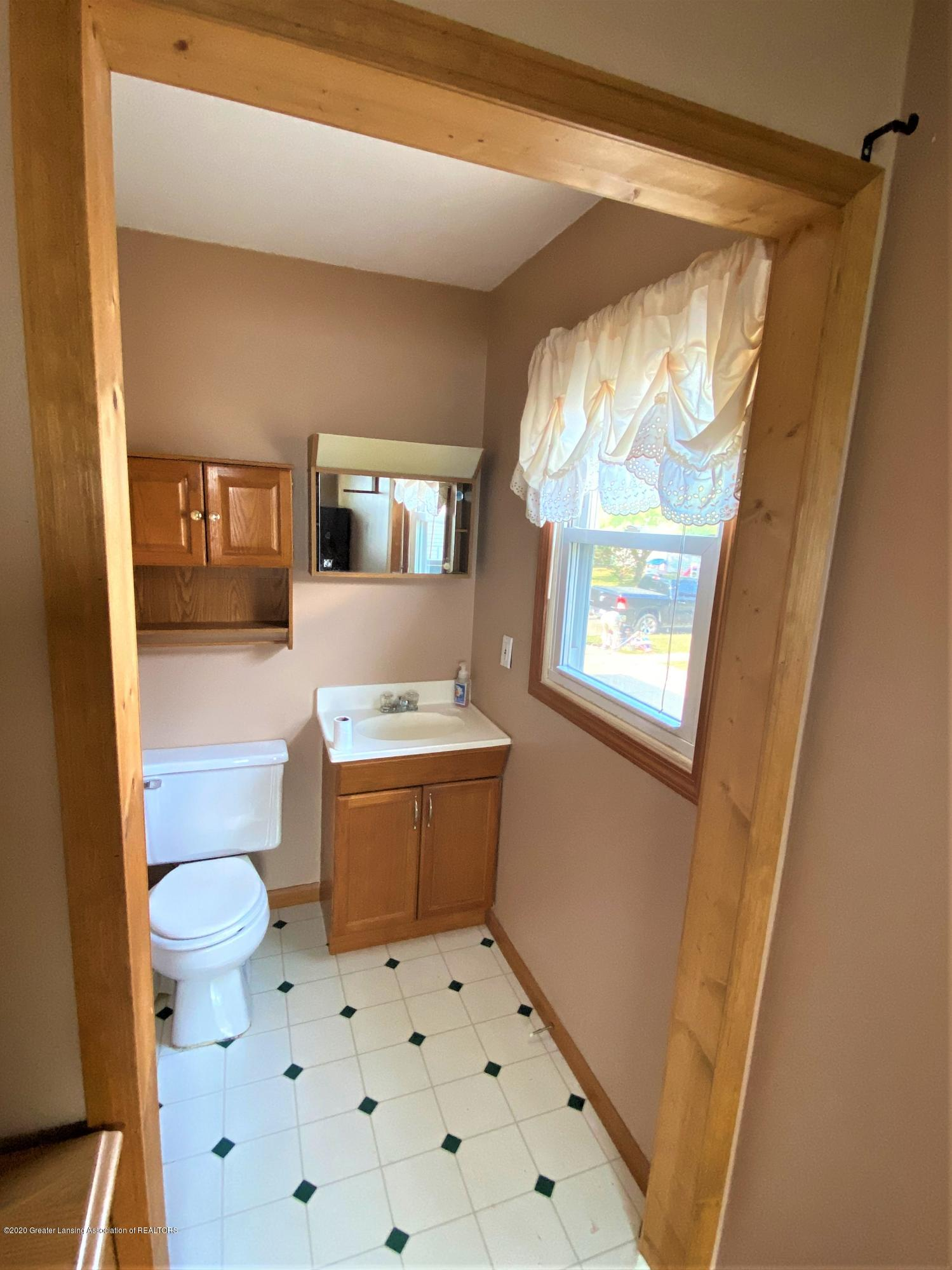 546 High St - Master bath - 11
