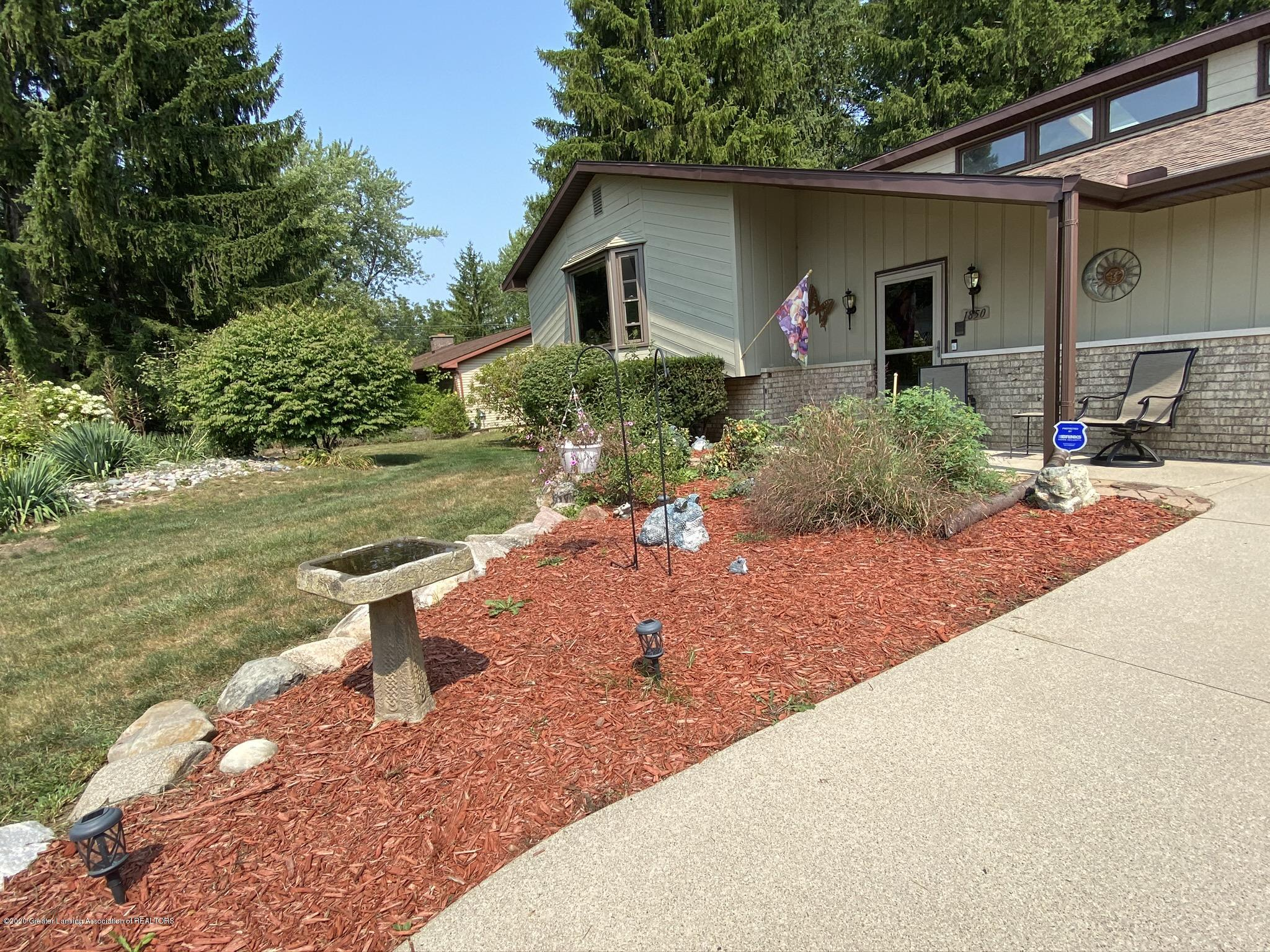 1850 Schoolcraft St - Nice Landscaping! - 5