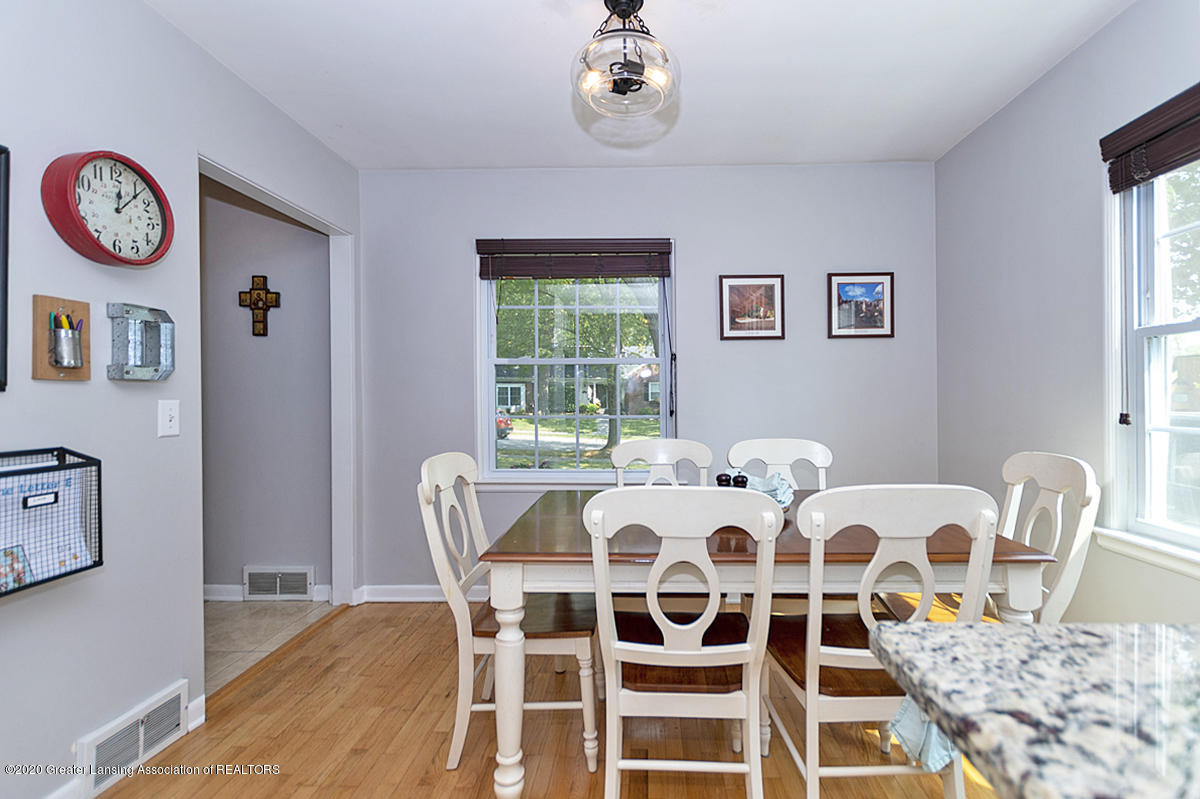 1025 Northlawn Ave - Dining Area - 8