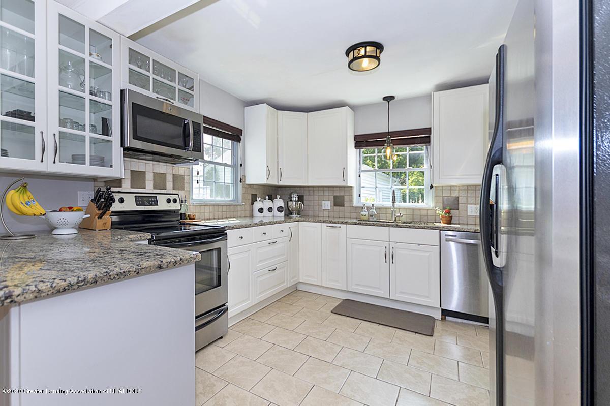 1025 Northlawn Ave - Kitchen - 10