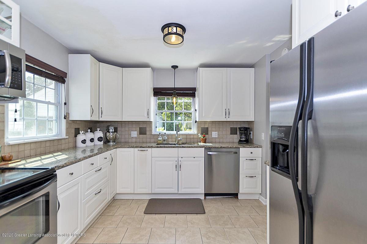 1025 Northlawn Ave - Kitchen - 11