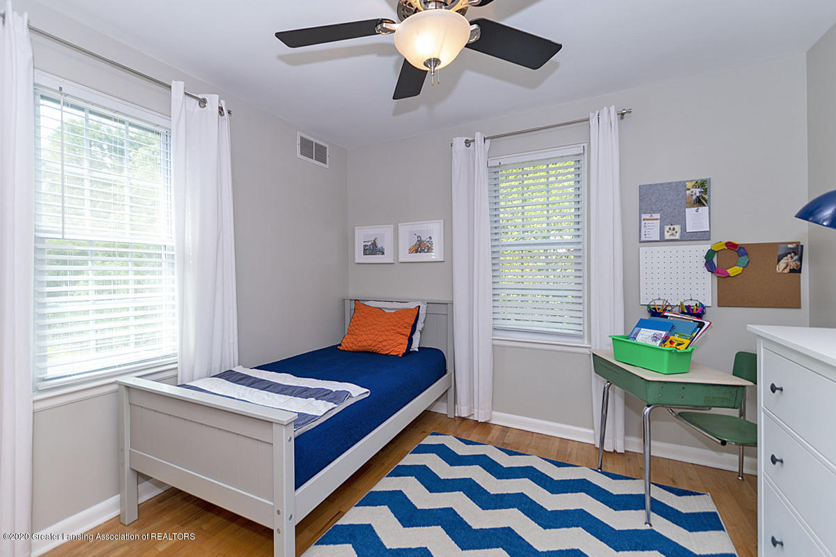 1025 Northlawn Ave - Bedroom 3 - 18