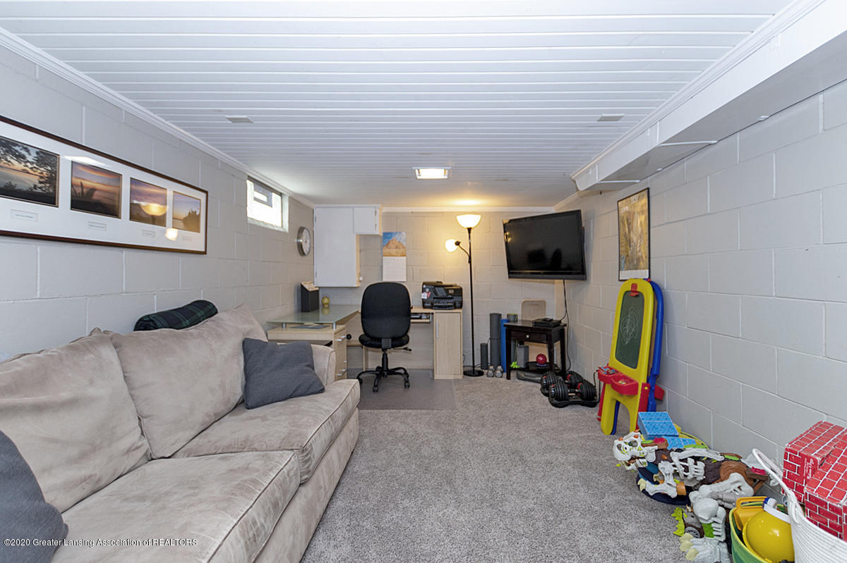 1025 Northlawn Ave - Recreation Room - 23