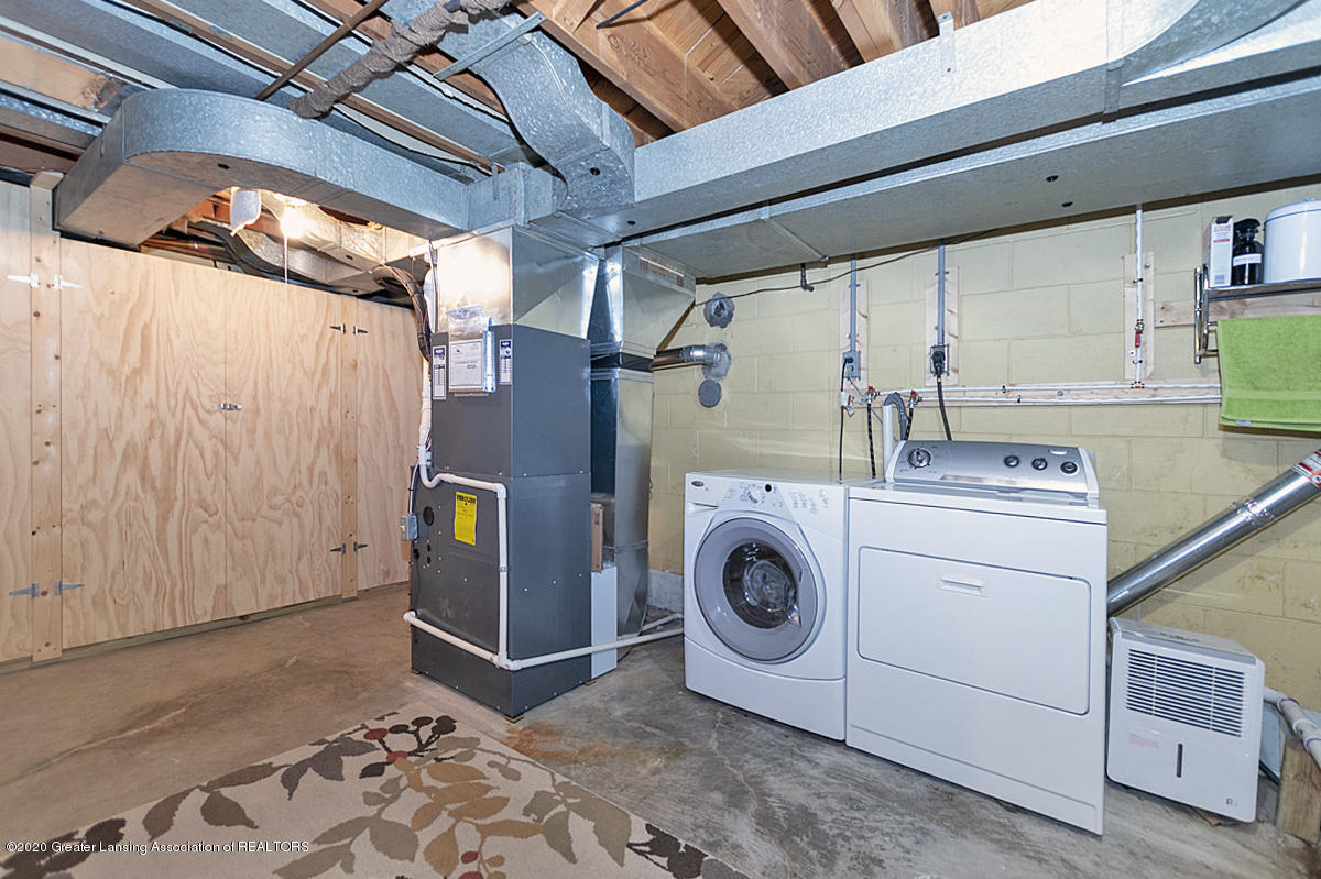 1025 Northlawn Ave - Basement Mechanicals/Laundry - 24