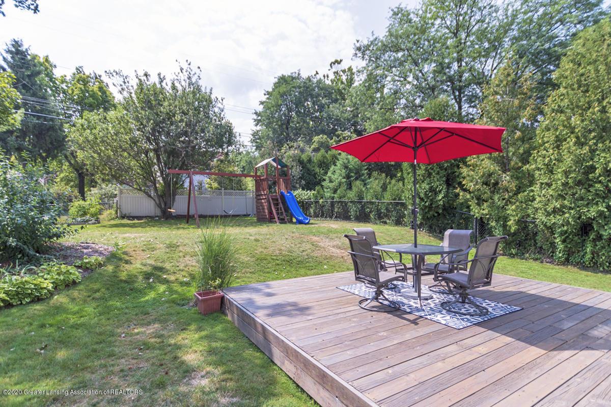 1025 Northlawn Ave - Backyard Deck - 25