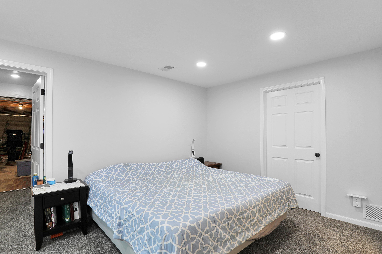 9449 Buckingham Cir - Master bedroom lower level - 23