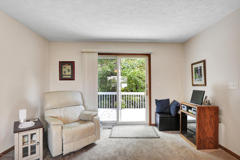 9449 Buckingham Cir - Living Room - 8