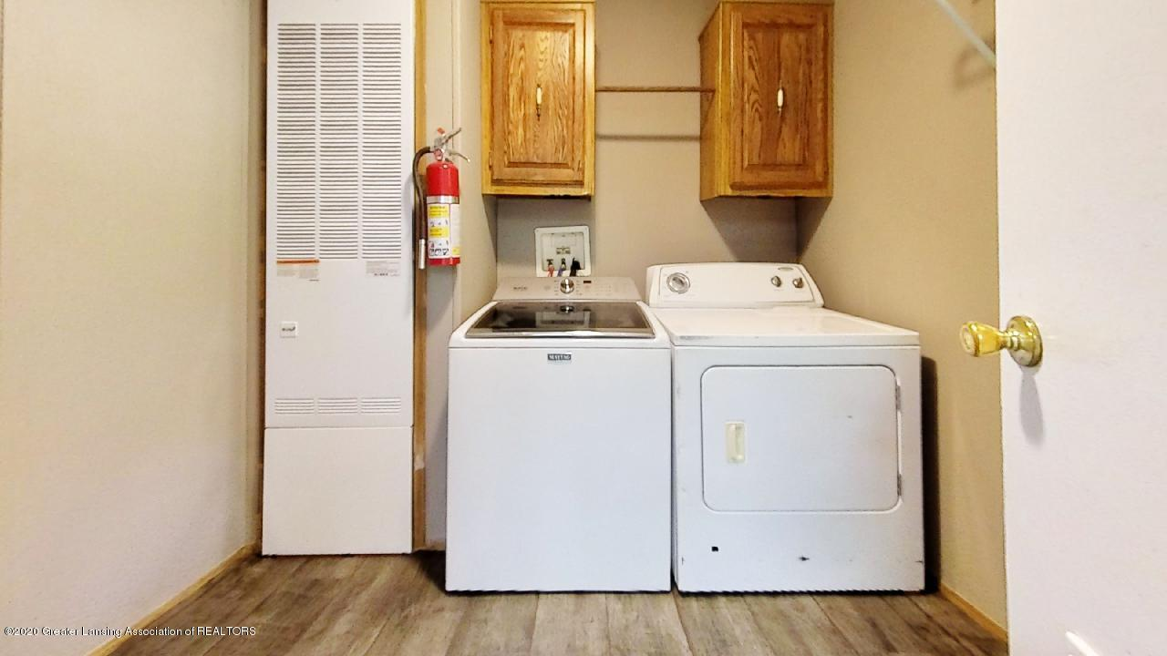 1552 S Michigan Rd - 1552-S-Michigan-Rd-Laundry - 16