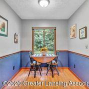 2020 Blue Lac Dr - eat in area in kitchen - 10