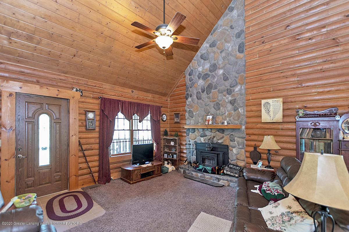6898 E Spicerville Hwy - Living Room - 2