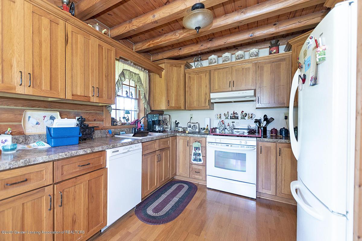 6898 E Spicerville Hwy - Kitchen - 8