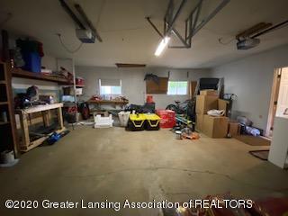 5001 Boettcher Ct - garage - 30
