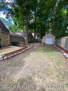 5001 Boettcher Ct - back yard - 37