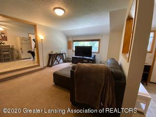 5001 Boettcher Ct - living room - 16