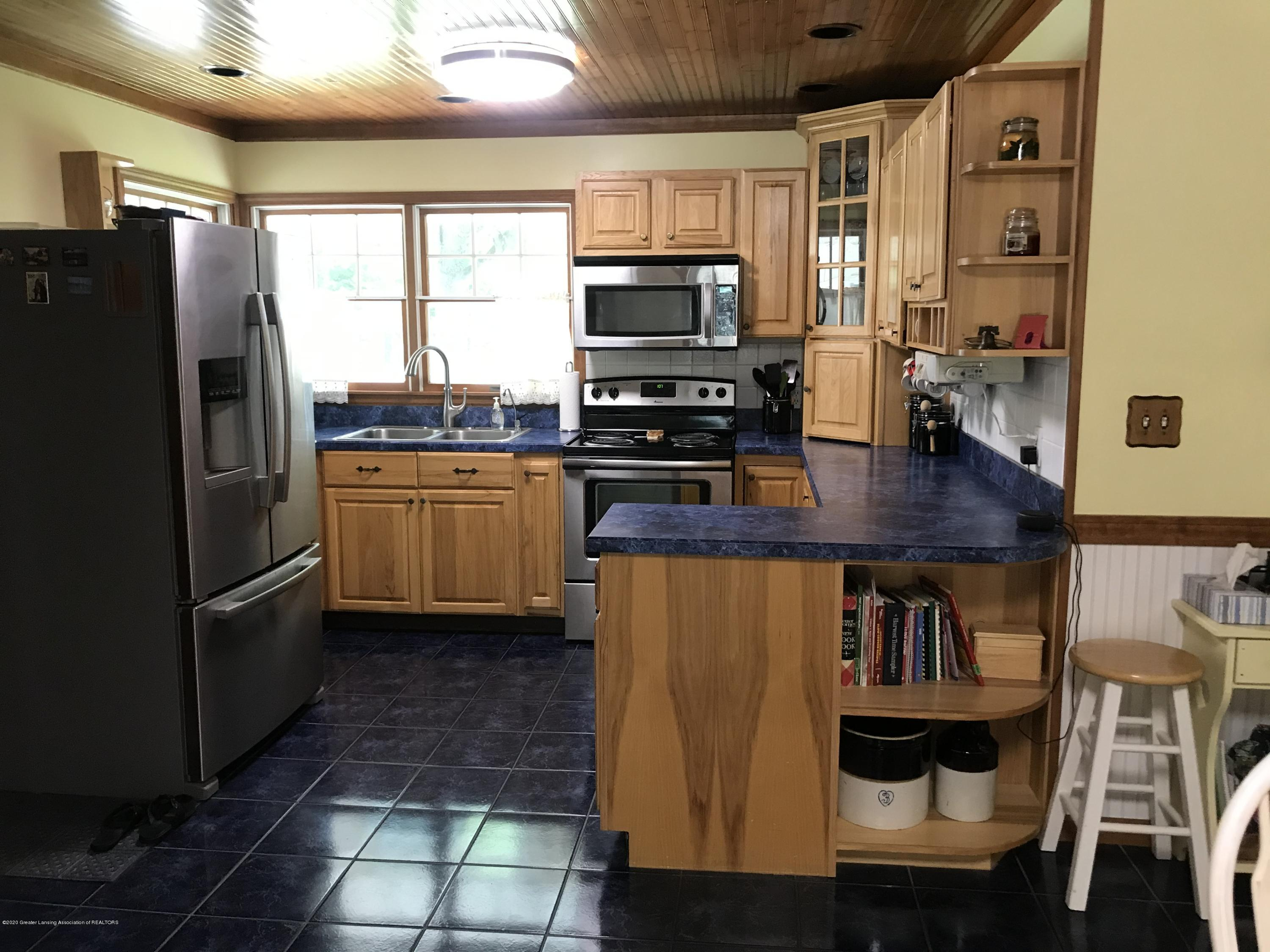 7840 Colby Lake Rd - Kitchen - 4
