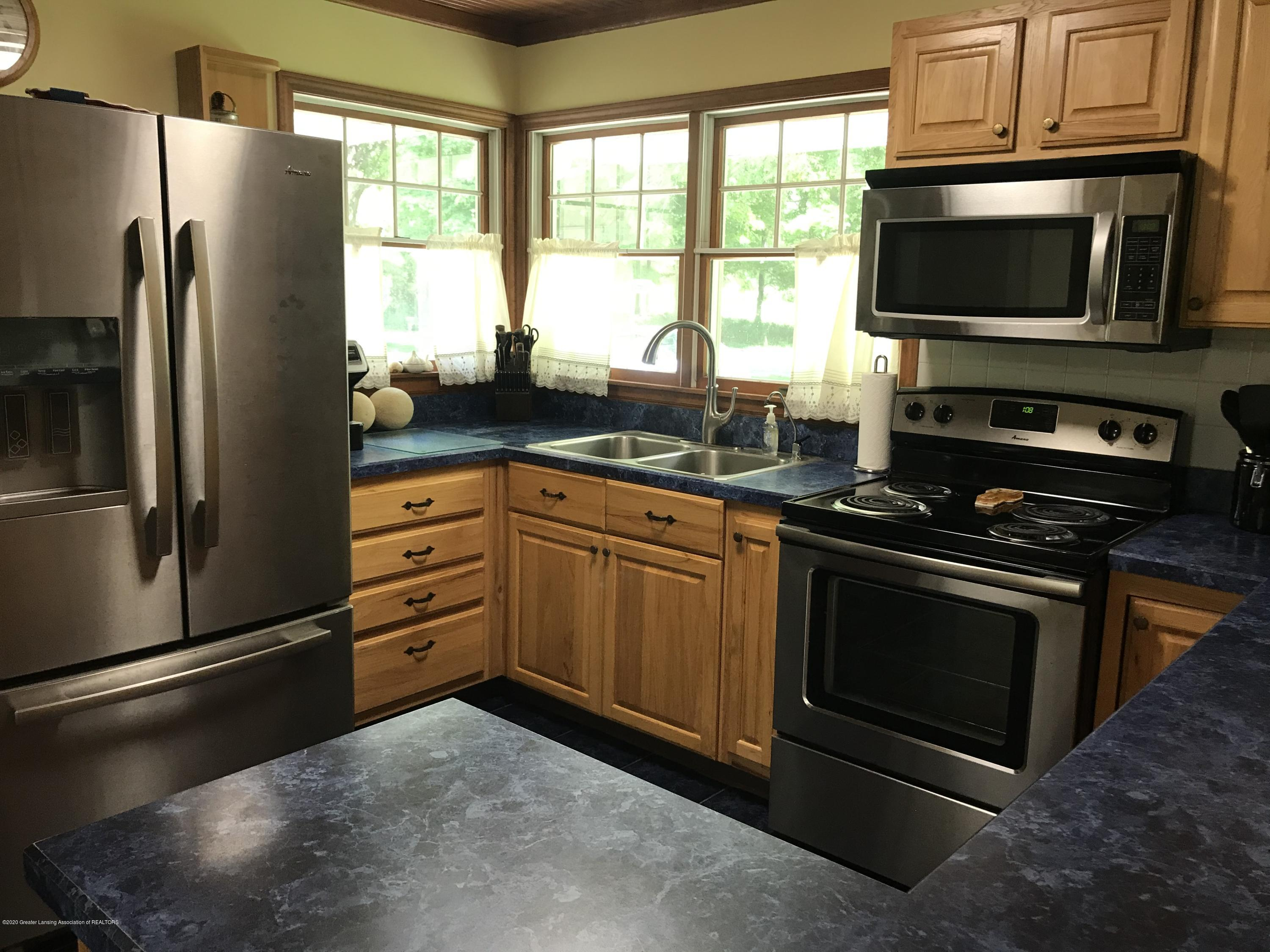 7840 Colby Lake Rd - Kitchen - 3