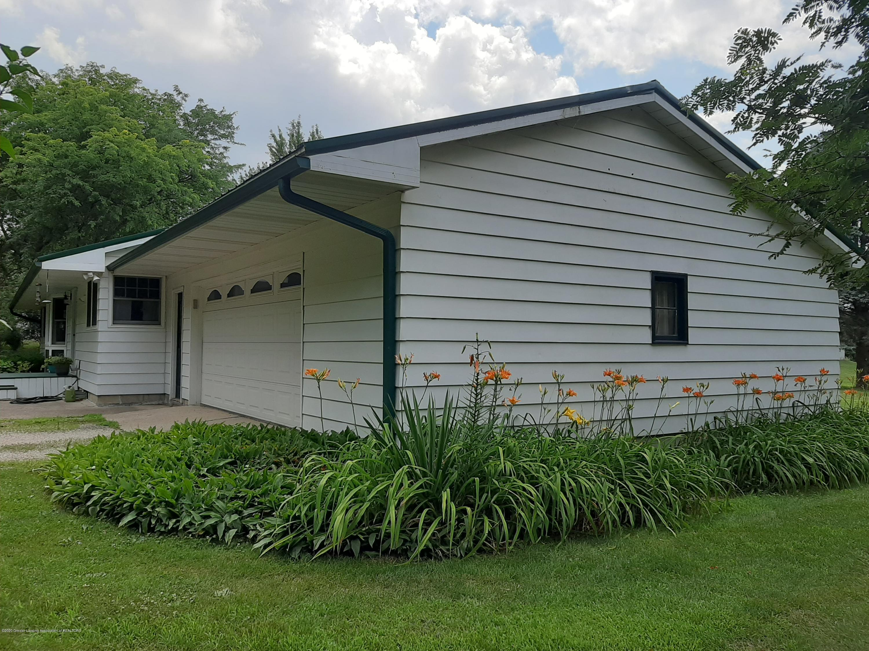 7840 Colby Lake Rd - Garage - 20