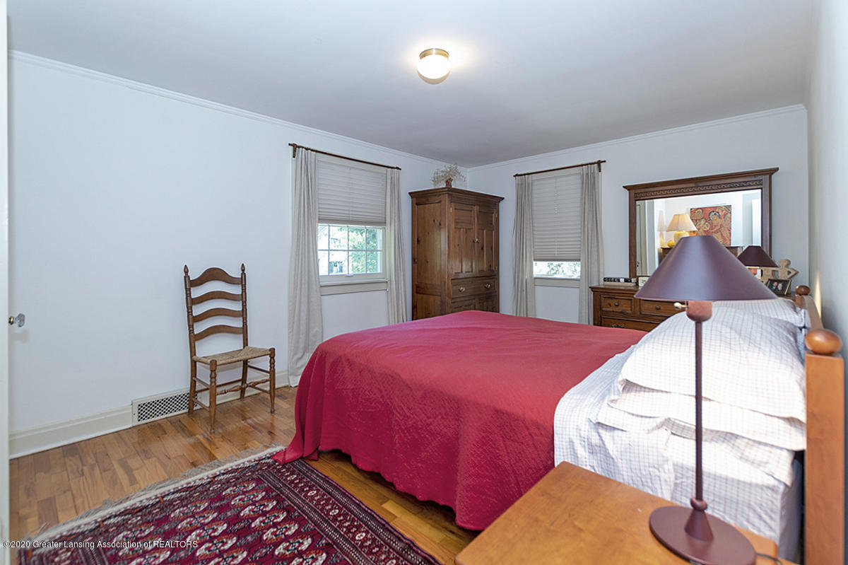 453 Rosewood Ave - Bedroom 1 - 20