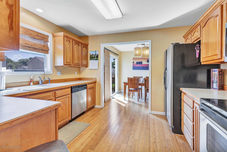 1572 Gander Hill Dr - Kitchen - 12