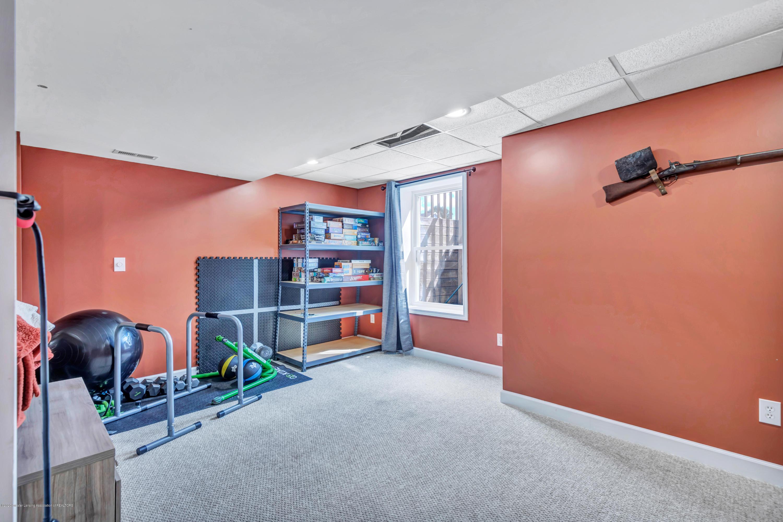 1572 Gander Hill Dr - New lower level rec room - 25