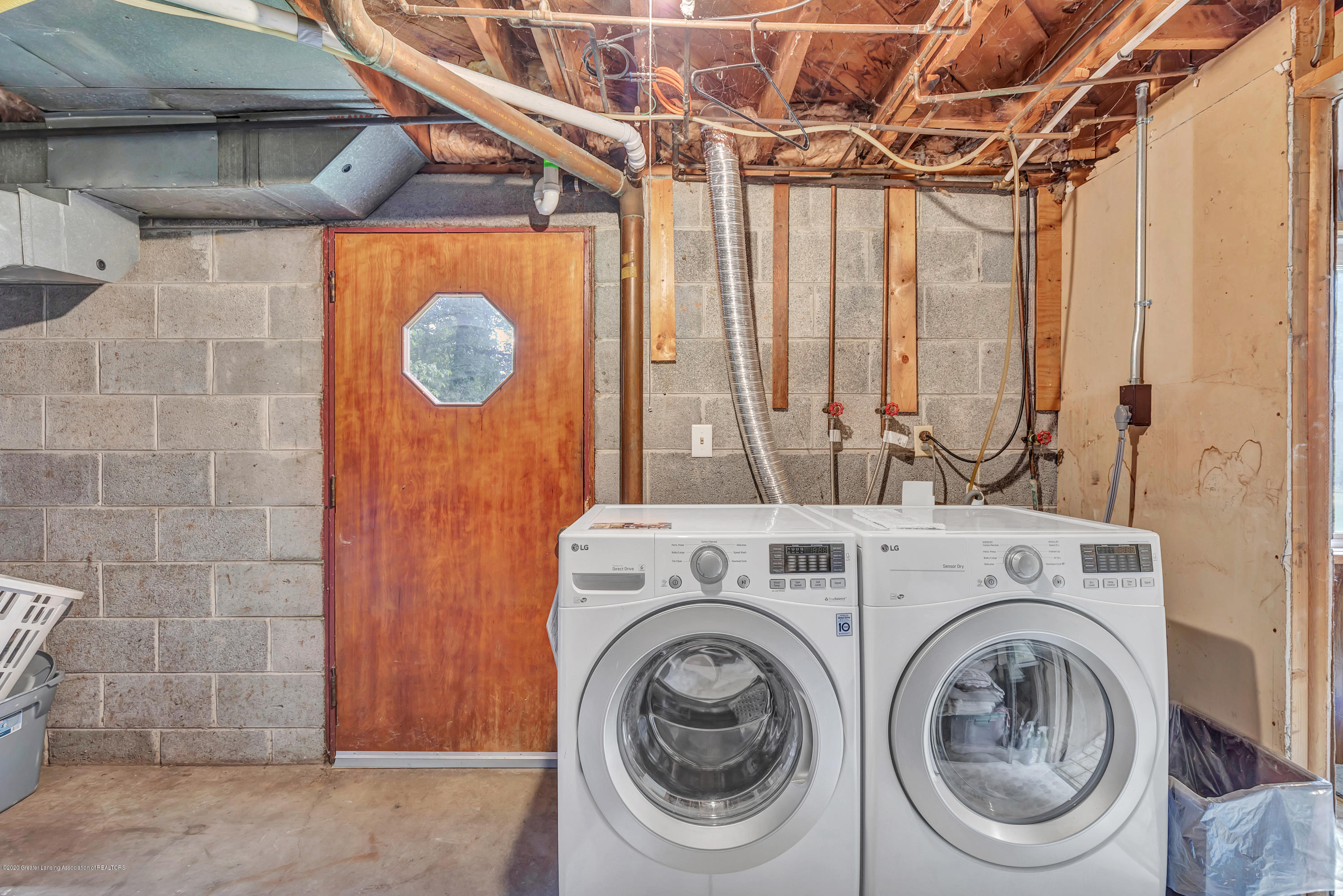 6641 Kingdon Ave - Washer & Dryer Included - 23