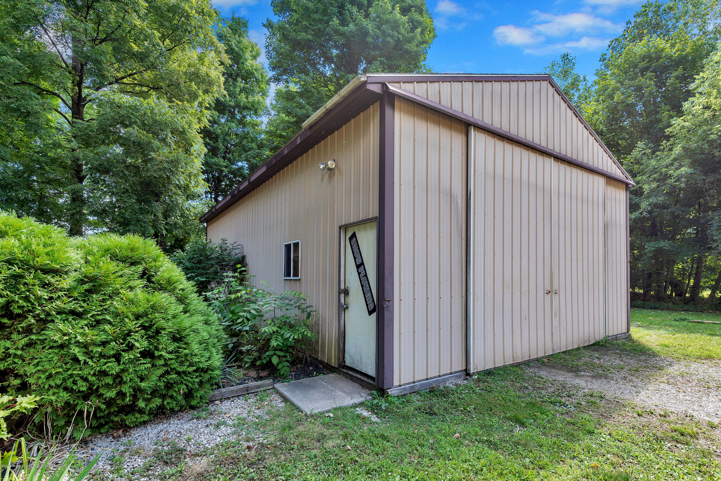 6641 Kingdon Ave - Pole Barn - 32