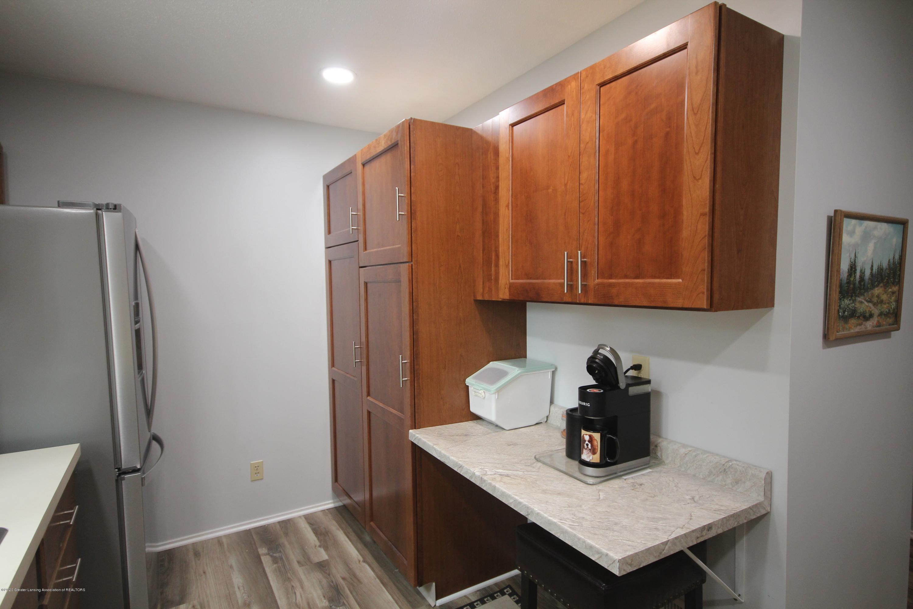 3721 Cavalier Dr 15 - Kitchen - 7
